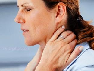 Какие симптомы сопровождают шейный остеохондроз?