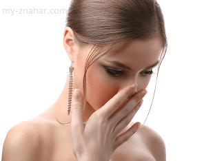 В чем причина запаха изо рта