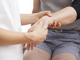 Какие могут быть причины, если болят вены на руках