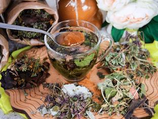 Чай для детей на основе лекарственных трав