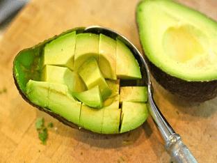Авокадо - фрукт или овощ, польза и вред, как есть правильно?