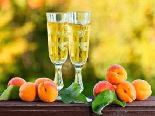 Настойка из абрикосов в домашних условиях