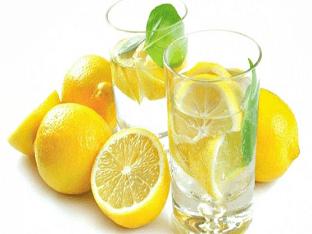 Вода с лимоном: чем полезна, как правильно приготовить и пить?
