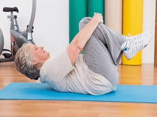Какие физические упражнения помогают при артрозе?