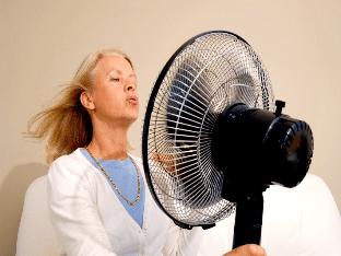При климаксе бросает в жар - что делать?