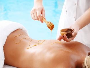 Как делать антицеллюлитный массаж медом