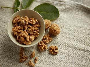 Применяют грецкий орех для лечения различных заболеваний