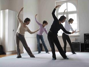 Как освоить гимнастику цигун: упражнения для начинающих