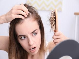 Выпадают волосы, что делать, как остановить выпадение