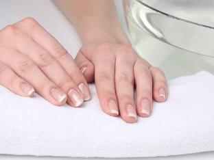 Укрепление ослабленных ногтей дома