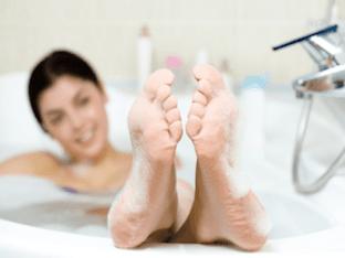 Солевые ванны: вред и польза для здоровья